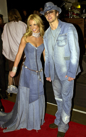 Mtv Vmas Katy Perry Does Her Best Britney Spears In Throwback Denim Nbc 5 Dallas Fort Worth