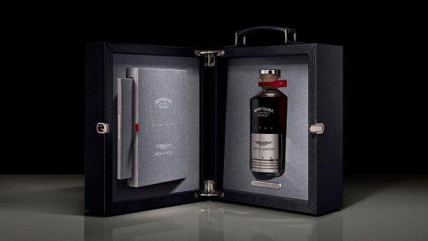 Dónde está? Buscan botella de whisky de $5,800 que Japón le regaló a Mike  Pompeo – Telemundo Washington DC (44)