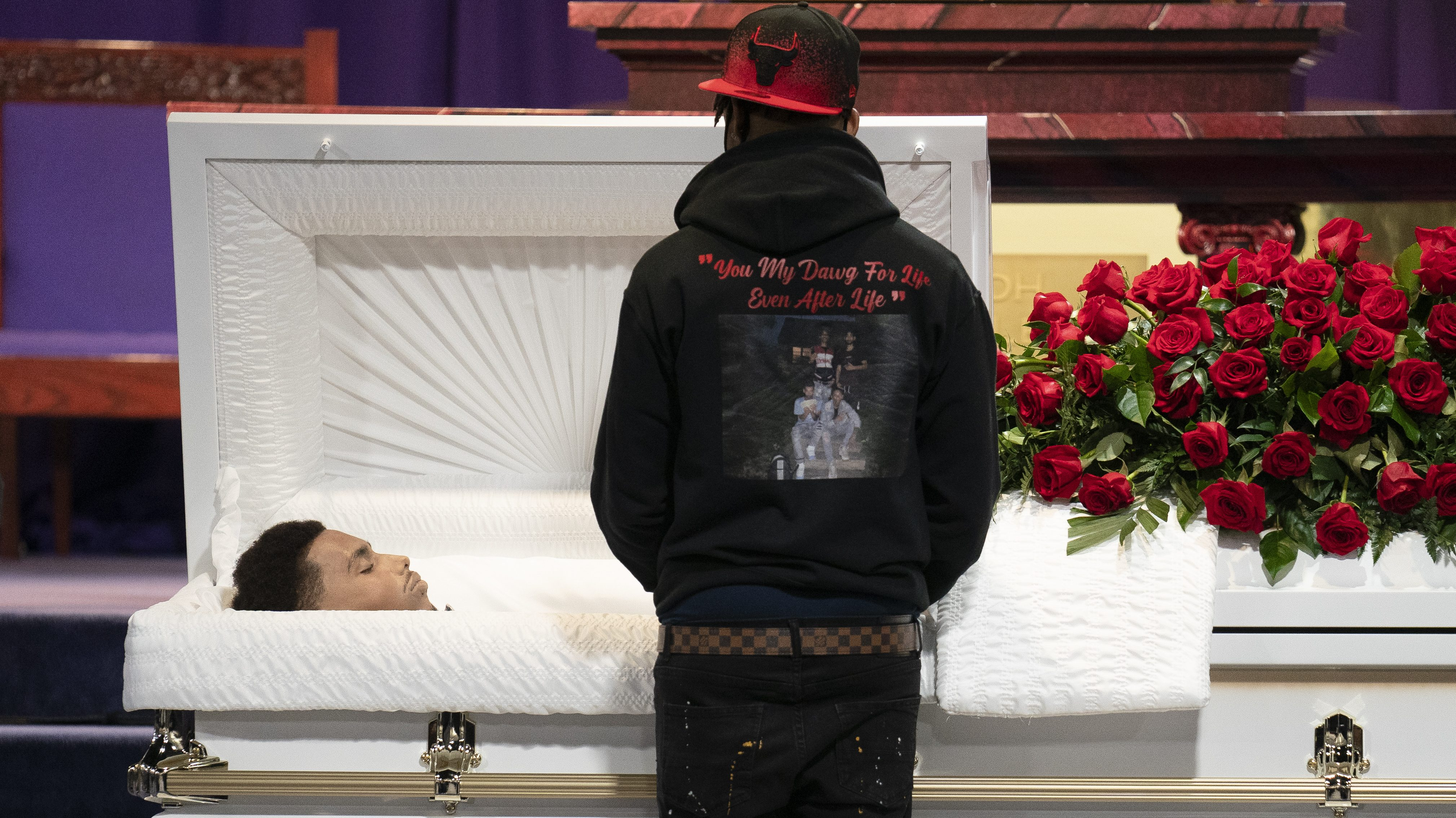 Mourners gather to pay respects to Daunte Wright during his wake