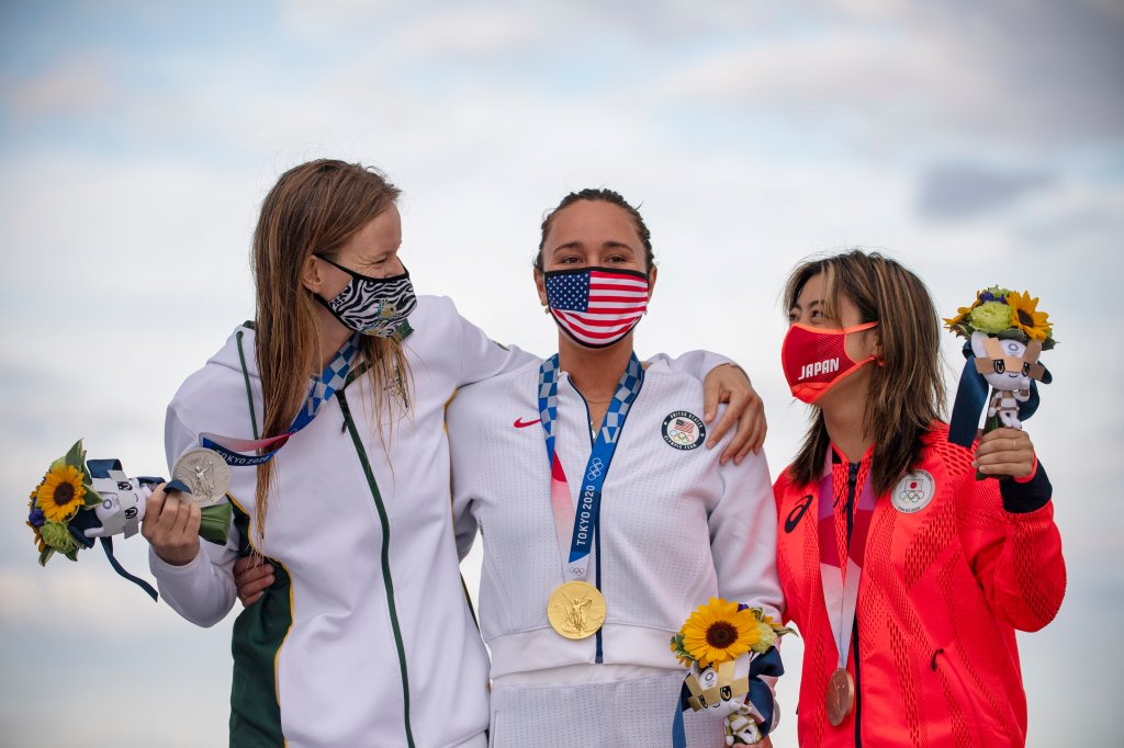 Carissa Moore with other medalists