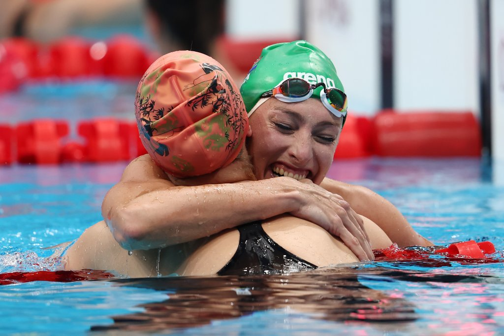 Tatjana Schoenmaker of Team South Africa celebrates after she broke the Olympic record in the Women's 200m Breaststroke at Tokyo Aquatics Centre on July 28, 2021 in Tokyo, Japan.