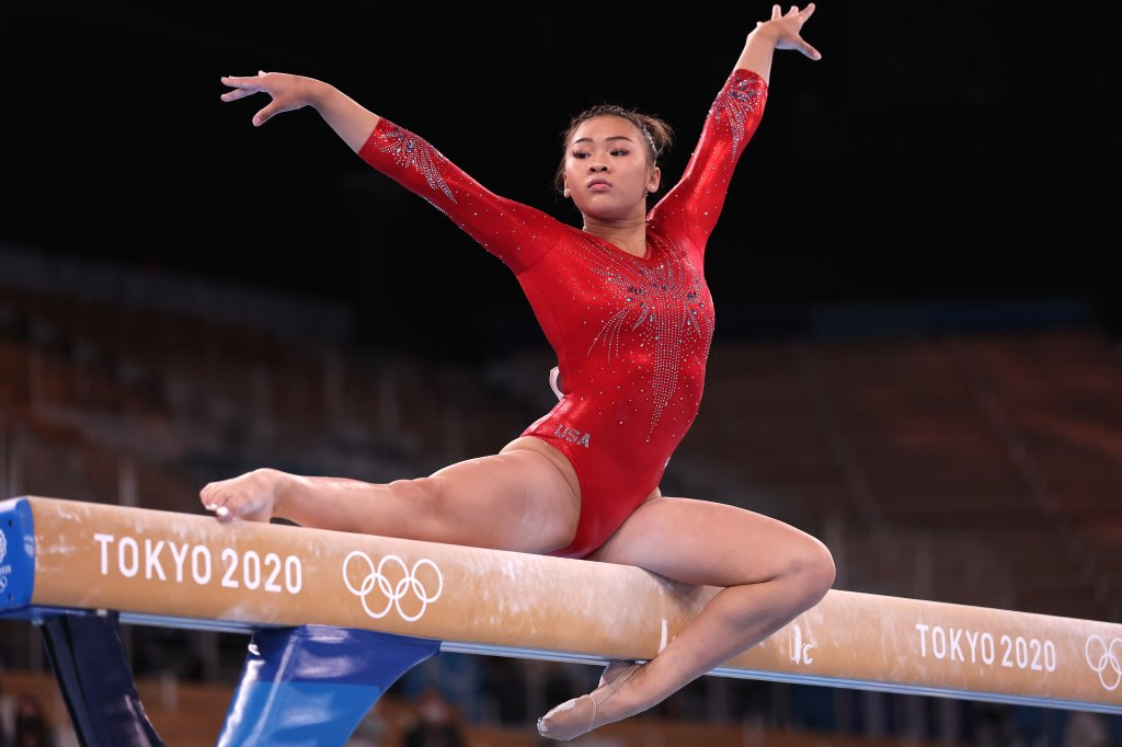 Sunisa Lee of Team United States competes during the Women's Balance Beam Final