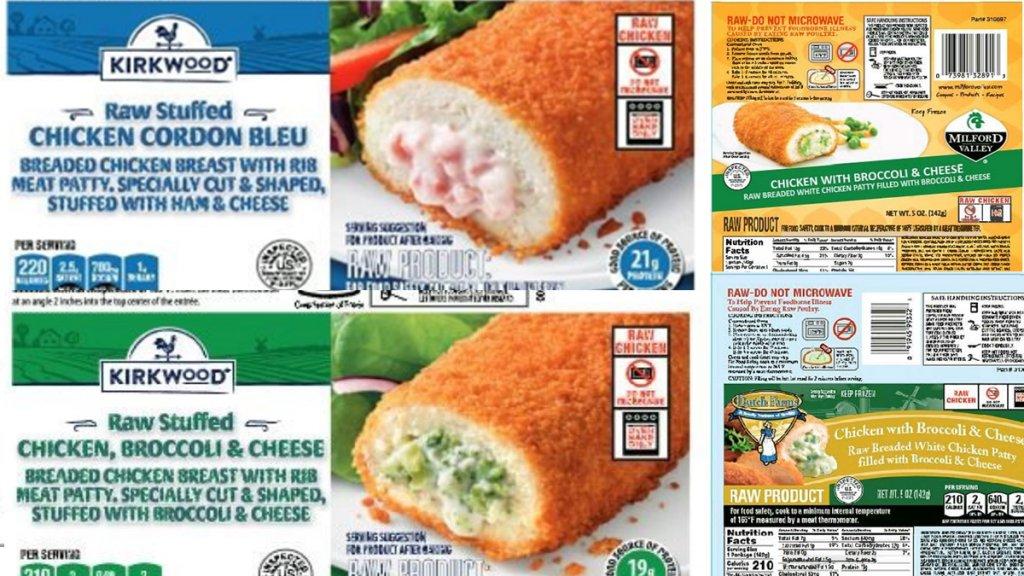 Etiquetas de bolsas de pollo congelado siendo retirado por riesgo de salmonela.