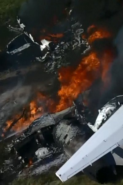 airplane on fire after crash